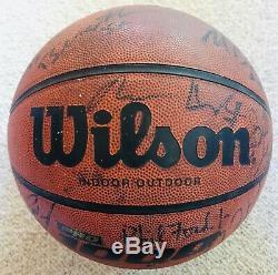 1996 UNC Tar Heels North Carolina Team Signed Basketball Vince Carter Jamison