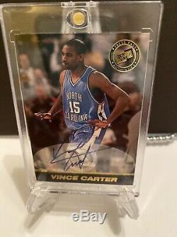 1998-99 Vince Carter Press Pass Auto RC Signed Rookie UNC Tarheels Signature SP