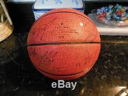 2000-01 UNC Tar Heel Basketball Autograph Basketball