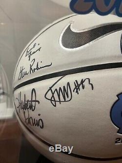 2013-2014 UNC North Carolina Tar Heels Team Signed Basketball