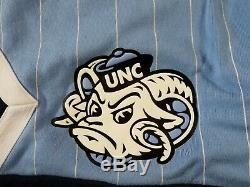 Air jordan NRG UNC Size XL Mens North Carolina TarHeels Fleece Shorts CD0133-448