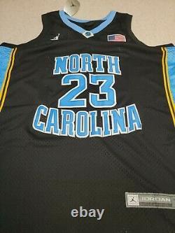 Michael Jordan Autogr North Carolina UNC Tar Heels Jersey #23 comes with COA