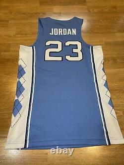 Michael Jordan UNC Tarheels Mens Small Jordan Jersey