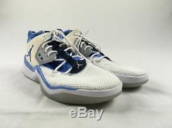 NEW Nike DNA UNC Tarheels Blue/White Running, Cross Training (Men's 11.5)