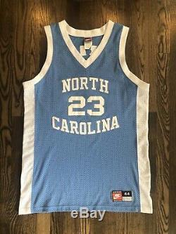 NIKE Authentic MICHAEL JORDAN #23 UNC North Carolina Tar Heels Jersey 44 Large L
