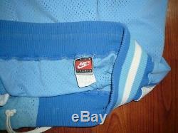 North Carolina TAR HEELS Authentic Basketball Shorts SZ 34 Nike Vintage UNC