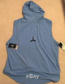 North Carolina UNC Tar Heels Men's Alpha Fly Rush Hooded Vest 2XL XXL NWT $150