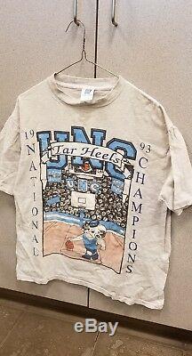 UNC Tar Heels 1993 Championship Graphic Design T Shirt Size Large Vintage