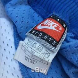 VTG NIKE North Carolina TAR HEELS UNC authentic basketball shorts S Jordan 90's