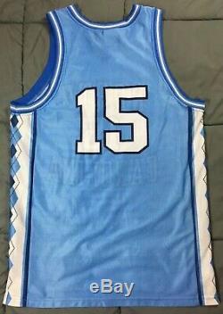VTG Signed Vince Carter UNC Tar Heels Nike Team Sports Basketball Jersey 56323 M