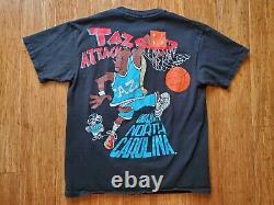 Vintage 90's Taz Attack Looney Tunes UNC Tar Heels Basketball T Shirt Size L