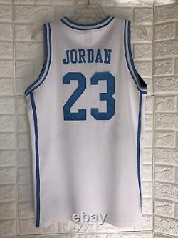 Vintage Nike MICHAEL JORDAN #23 UNC North Carolina Tar Heels Jersey Size M