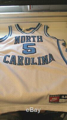 Vintage Nike NCAA UNC North Carolina Tar Heels Basketball Jersey #5 Size 44 LG