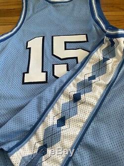 Vintage Nike VINCE CARTER 15 UNC North Carolina Tar Heels Jersey Sz. 44 TEAM