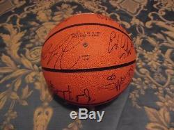 1998-1999 Unc Tar Heel Basketball Basketball Autograph