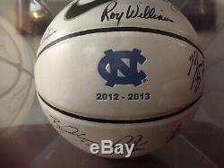 2012-2013 Unc North Carolina Tar Heels Équipe De Basket-ball Signé