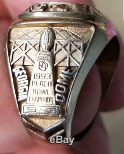 Bague Des Joueurs Du Championnat Des Champions Du Peach Bowl Champions De La Caroline Du Nord 1993