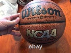 Dean Smith A Signé Unc North Carolina Champs Tar Heels Basketball Pass Psa Jsa