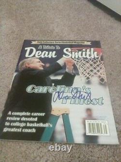 Dean Smith Unc Caroline Du Nord Tarheels Signé Magazine No Label Rare Autograph