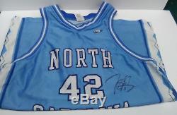Jerry Stackhouse Chaussures À Talons Unc En Caroline Du Nord Signée Nike Maillot De Basketball