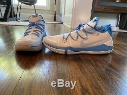 Kobe Exode Ad Taille 16 Tar Heels / Unc