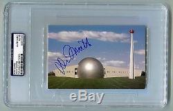La Caroline Du Nord Est Tendue Dean Smith Signée Autographiée Hof Post Card Psa / Adn Unc