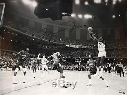 Michael Jordan Unc Tar Heels Signé 30x40 Championnat 1982 Photo Pont Supérieur