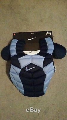 Nike 18 Poitrine Protector Baseball Unc North Carolina Tar Talons Nouveau Catcher