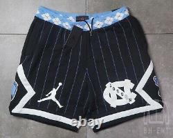 Nike Air Jordan Nrg Unc North Carolina Tarheels Fleece Shorts Cd0133-010 Moyen