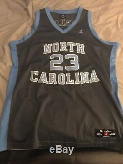 Nike Authentiques Sewn Talons Rares Throwback Unc Tar Michael Jordan Jersey Taille L