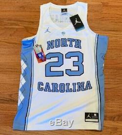 Nike Hommes Michael Jordan Unc Carolina Tar Heels Authentique Jersey Medium Tn-o 150 $