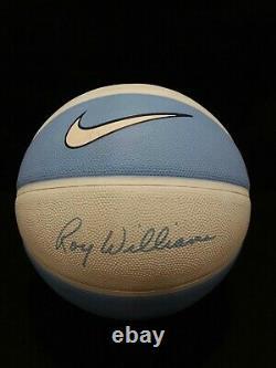 Nike Roy Williams Basketball Camp Basketball Unc Tar Talons Bleu 29,5 Signé Complet