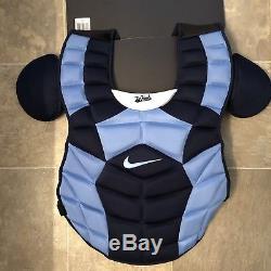 Protecteur De Coffre De Baseball Émis Par L'équipe Unc - Talons Goudronnés De La Caroline Du Nord - Nike Catcher