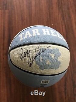 Roy Williams Unc Les Talons Goudronnés De Caroline Du Nord, Signés Des Champions De Basketball Autographiés