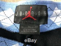 Short Nike Air Jordan Nrg Unicol. Caroline Du Nord Blanches