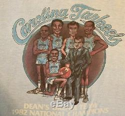 T-shirt De Rêve De L'équipe De Rêve Des Talons De La Caroline Du Nord 1982 Michael Jordan James Worthy