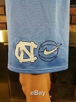 Talons De Goudron Vintage Nike Team Sports Unc Basketball Unc Taille Grand