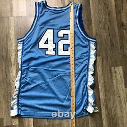 Talons Vintage Nike Caroline Du Nord Tar Basketball Jersey Stackhouse # 42 Unc 48 XL