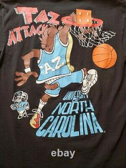 Vintage 90's Taz Attack Looney Tunes Unc Tar Tales Basketball T Shirt Taille L