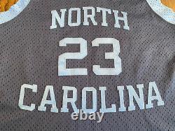 Vintage Nike Michael Jordan # 23 Unc Caroline Du Nord Tar Heels Jersey Medium M 40