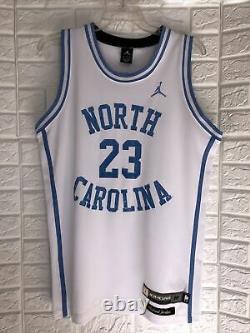 Vintage Nike Michael Jordan #23 Unc North Carolina Tar Heels Jersey Taille M