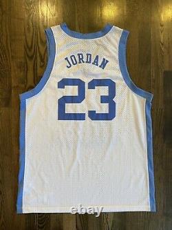 Vintage Nike Michael Jordan #23 Unc North Carolina Tar Heels Jersey Taille XL 48