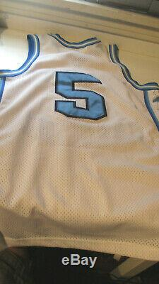Vintage Nike Ncaa Unc Caroline Du Nord Tar Heels Basketball Jersey # 5 Taille 44 Lg