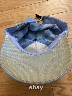 Vintage Unc Tarheels Script Corduroy Réglable Strap Trucker Hat Rare