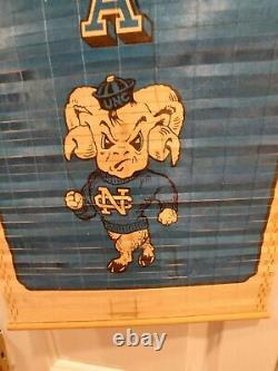 Vintage Université De Caroline Du Nord Unc Tarheels 1984 Calendrier Michael Jordan