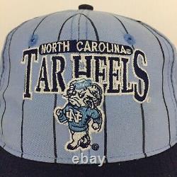 Vtg 90s Caroline Du Nord Tar Heels Cap Pin Stripe Unc Snapback Game Basketball Hat