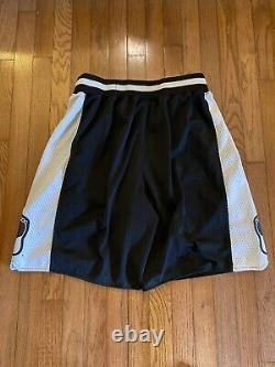 Vtg Nike Jordan North Carolina Tar Heels Unc Basketball Cousu Short Hommes Grand